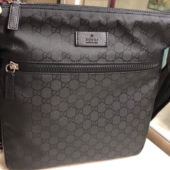 1f5fa69b84bd Gucci Bags | Authentic Big Size Messenger Bag With Tags | Poshmark